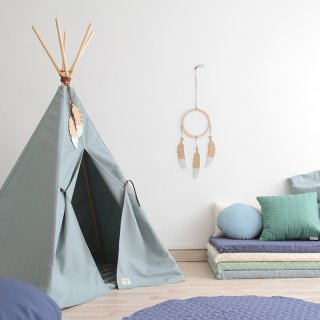 Teepees & Mats